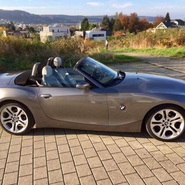 Bmw Z4 2 5 0 60: Young Timer